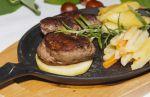 Wildschweinrücken-Steakpfanne